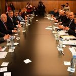 Los gobernadores firmaron un documento en contra de las medidas adoptadas por el gobierno nacional